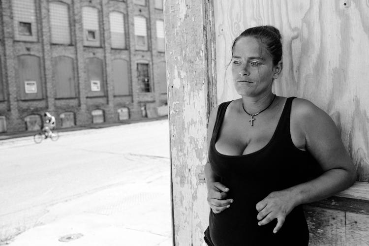 <p>Photographer Michelle Frankfurter documented life in Portsmouth, Ohio, a city in the throes of pills and heroin addiction.</p>