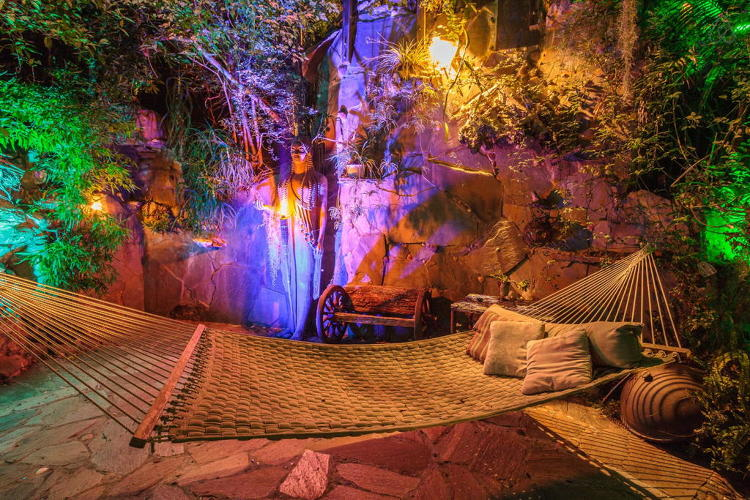 <p><a href=&quot;https://www.airbnb.com/rooms/507927&quot; target=&quot;_blank&quot;>Pirates of the Caribbean Getaway</a> in Topanga Canyon, CA</p>