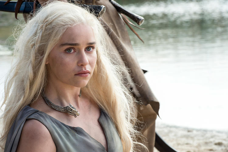 <p>What would a <em>Game of Thrones</em> season be with without the &quot;Queen of Dragons&quot; Daernerys Targaryen (<strong>Emilia Clarke</strong>)?</p>