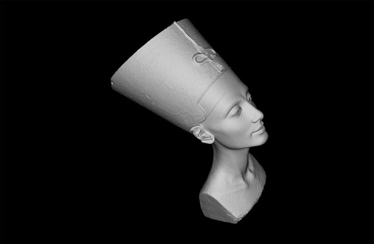 <p>The Egyptian treasure currently lives in Berlin's Neues Museum, but a few guerrilla artists have stolen its likeness.</p>