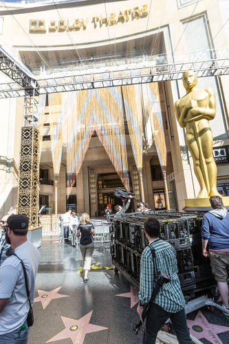 <p>Nominees enter here en route to the Grand Staircase.</p>
