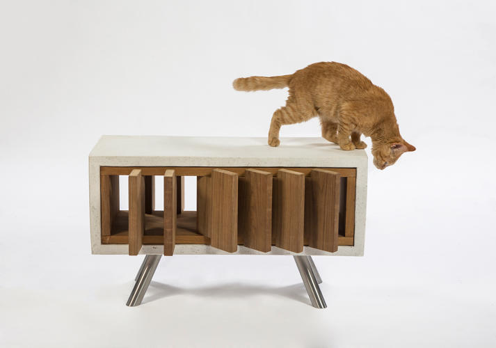 <p><a href=&quot;http://www.standardarchitecture.com/&quot; target=&quot;_blank&quot;>Standard Architecture</a>'s California Catcube features concrete for thermal mass and teak louvers for ventilation.</p>