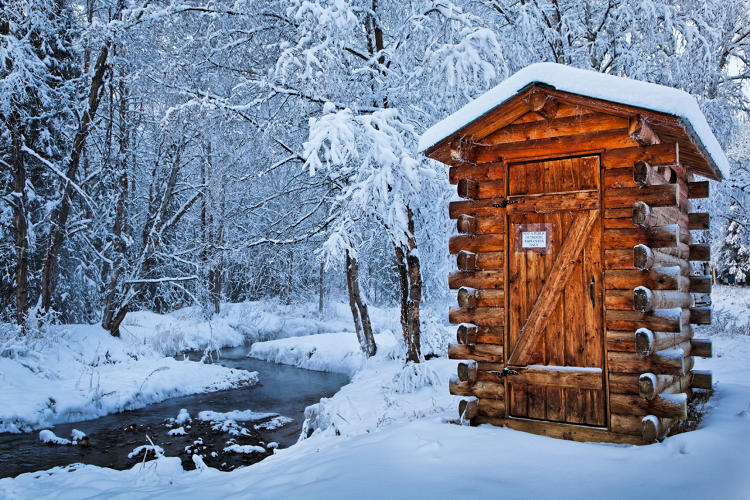<p>Log outhouse, Chena Hot Springs Resort, Alaska</p>