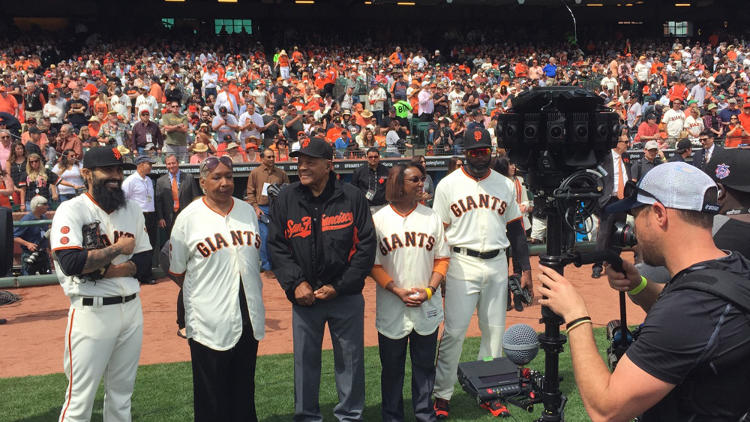 <p>A Jaunt crew shoots VR video of Giants great Willie Mays before the game.</p>
