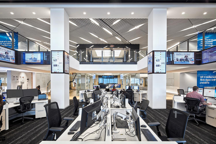 <p>At the Washington Post, Gensler used environmental graphics of headlines and inspirational phrases to foster a sense of purpose among employees.</p>
