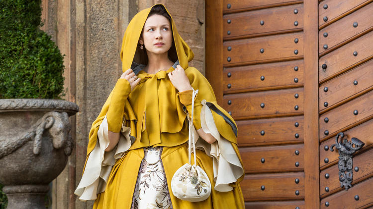 <p><strong>Caitriona Balfe</strong> as Claire Randall Fraser in Outlander, season 2</p>
