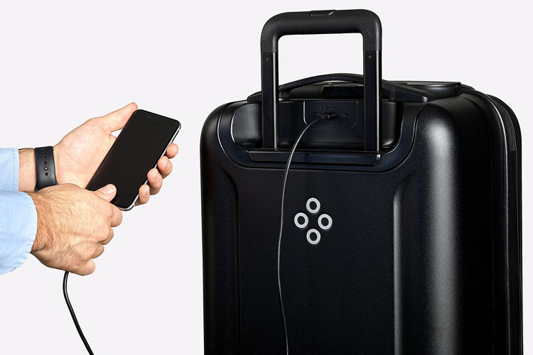 <p>The Bluesmart Black carry-on is equipped with several tech features designed to make travel more convenient. Do they?</p>