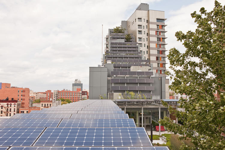 <p>The New York company Bright Power is preparing to install what is basically a mini-power plant at three businesses.</p>
