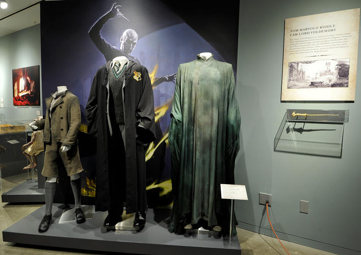 <p>Tom Riddle and Voldemort costumes (<em>Harry Potter</em>)</p>