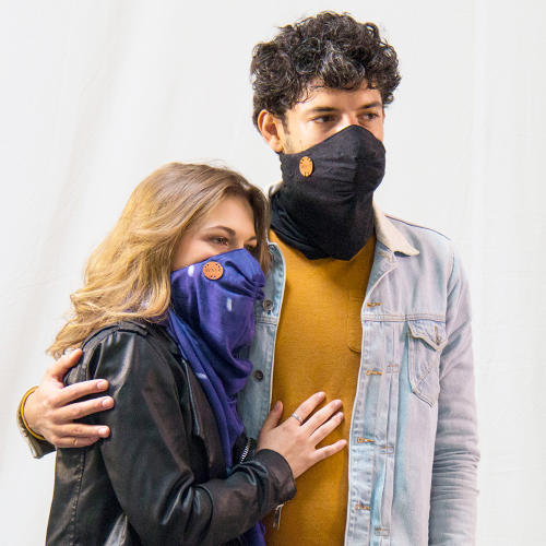 <p>When air pollution levels get too high, the app sends a warning to pull on the scarf.</p>