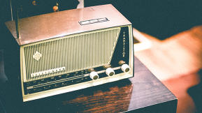 6 Things Radio Can Teach Us About Online Meetings