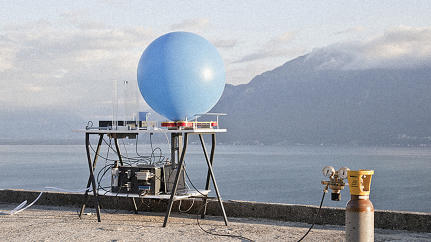 This Whimsical Machine Sends Your Tweets Via Weather Balloon